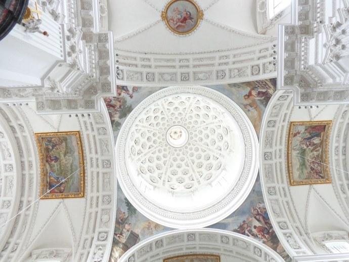 coupole centrale de la Cathedral Saint-Urs